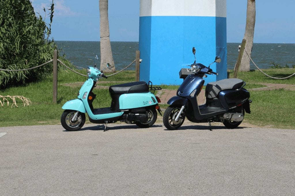 Buddy Kick and Kymco Like together by water