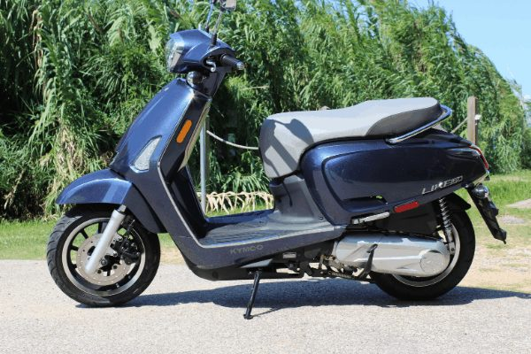 Image of the best scooter for the money - Kymco Like 150i ABS Navy blue